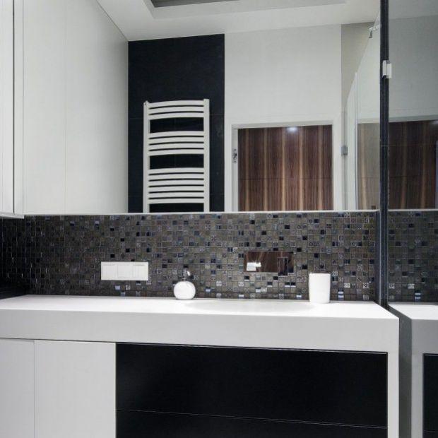 Ściana nad umywalką: zobacz jak ją urządzić