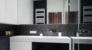 W naszej galerii prezentujemy kilka pomysłów na ścianę w strefie umywalki podpatrzonych w łazienkach Polaków.