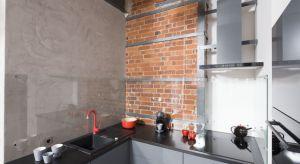 Ze względu na swój surowy i minimalistyczny wygląd, beton powszechnie stosowany jest w loftach i luksusowych apartamentach. Coraz częściej wykorzystuje się go także na ścianach w kuchniach i łazienkach.