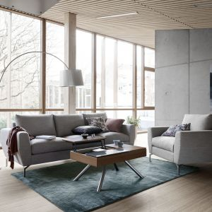 Salon w stylu skandynawskim: sofa Nice. Fot. BoConcept