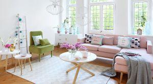 Styl skandynawski ma różne oblicza i można go stosować na wiele sposobów bawiąc się dodatkami, kolorami oraz fakturami. To sprawdzona recepta na jasne i modne wnętrze.<br /><br />