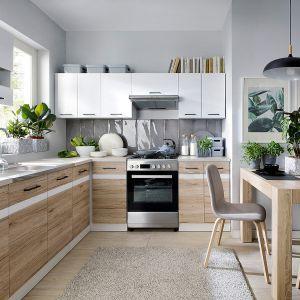 Kuchnia połączona z jadalnią. Fot. Black Red White