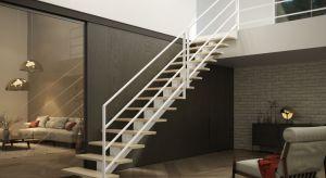 Wybór kształtu schodów zależy od ich lokalizacji, przestrzeni, którą dysponujemy oraz miejsca, do którego prowadzą. Na jakie konstrukcje warto zwrócić uwagę przy projektowaniu wejścia na antresolę?