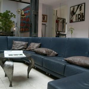 Miejsce do spotkań rodzinnych i towarzyskich – główna część salonu. Fot. Tomasz Markowski.