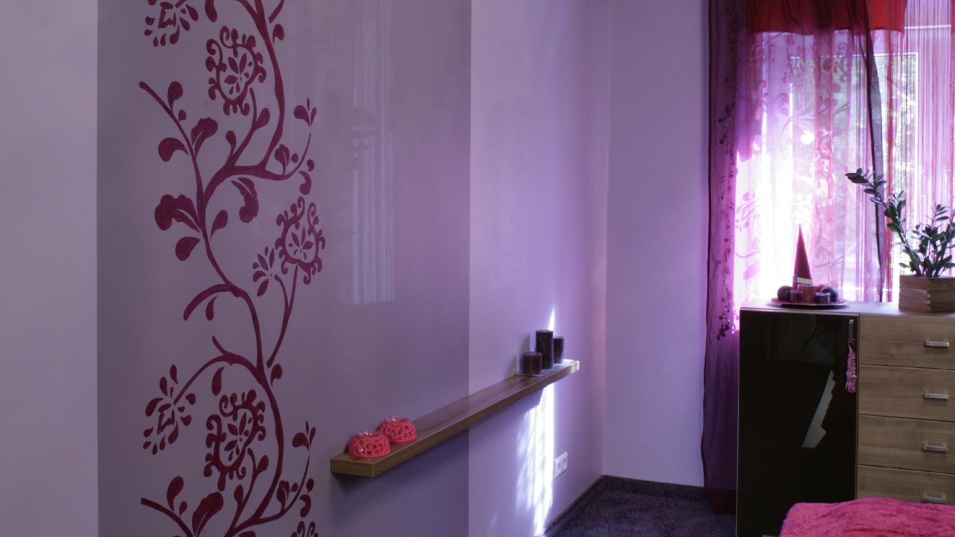 Sypialnia W Fioletach Kobieca I Pełna Uroku
