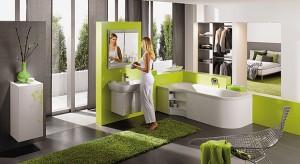 Wybierając materiały wykończeniowe najczęściej uwagę zwracamy na wygląd produktu, są jednak w naszym domu takie miejsca, gdzie estetka powinna ustąpić miejsca bezpieczeństwu użytkowania. Do takich specjalnych stref należy posadzka w łazience