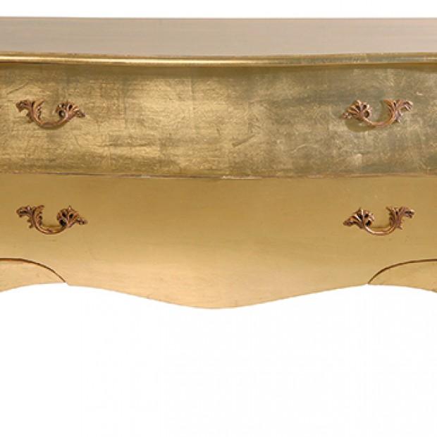 Wnętrze w stylu: złote i czarne meble i dekoracje