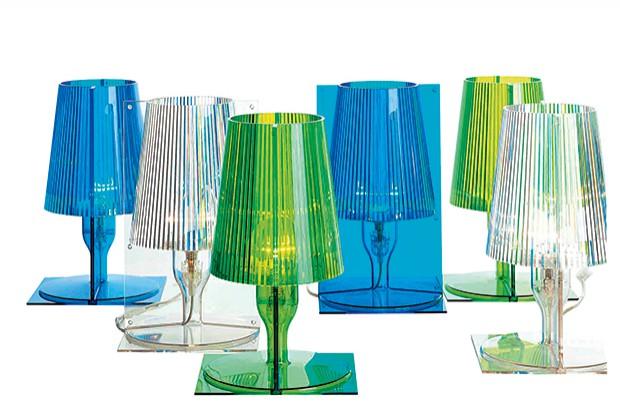 Lampy pod znakiem koloru