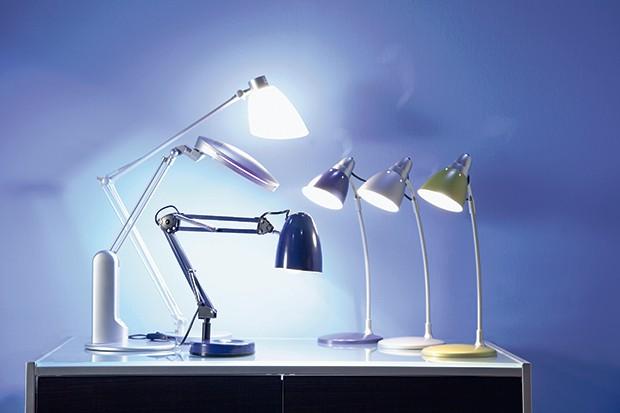Lampy do gabinetu: zobacz jaką wybrać