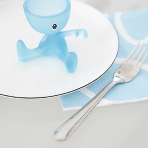 Zabawny pojemnik na jajko to ulubiony kuchenny gadżet najmłodszego członka rodziny. Fot. Monika Filipiuk.