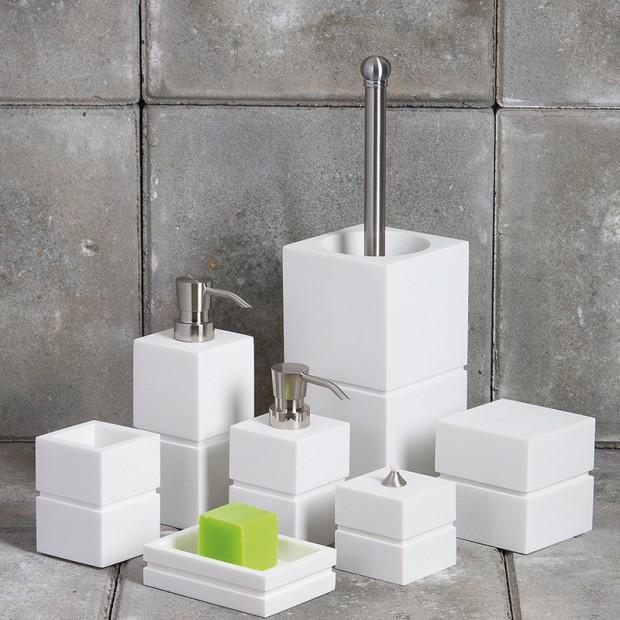Łazienkowe akcesoria: przewodnik zakupowy