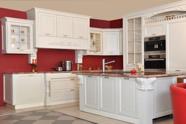 Czerwień dojrzałych owoców zachwyca zapachem, smakiem i kolorem. Poczuj całą jej moc w swojej kuchni.