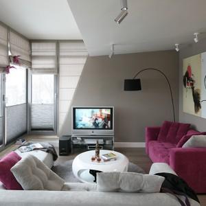 Wnętrze stanowi mieszankę nowoczesności z ciepłem i przytulnością, elegancji z wygodą i komfortem. Fot. Bartosz Jarosz.