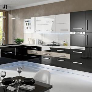 Vertigo-Line – za nowoczesnym, minimalistycznym wzornictwem tej kuchni kryją się innowacyjne rozwiązania techniczne zapewniające użytkownikom uczucie komfortu i wygody na długie lata. Na zamówienie, Stolkar.