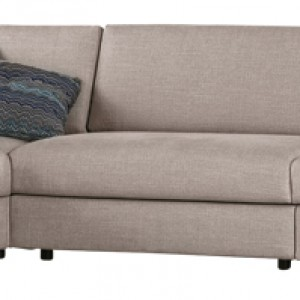 Modułowa sofa Classic zaprojektowano w dwóch wersjach szerokości siedziska (83 i 103 cm), tak aby można ją było dopasować do indywidualnych potrzeb. Cena: od ok. 7.590 zł, Kvadra/Le Pukka.