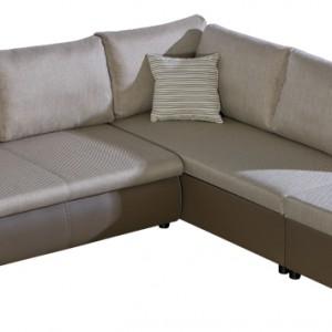 Narożnik z kolekcji Enviro z funkcją spania i wbudowanym mechanizmem ułatwiającym rozkładanie oraz z dwoma pojemnikami na pościel. Dodatkowo wbudowane sprężyny faliste zwiększają komfort siedzenia. Dostępny w salonach Agata Meble. Cena: od ok. 2.490 zł, Pres Mebel/ Corelli.