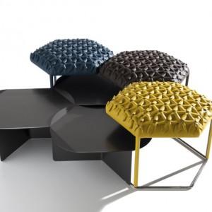 Siedzisko i stolik w jednym Hive. Fot.B&B Italia, www.bebitalia.it