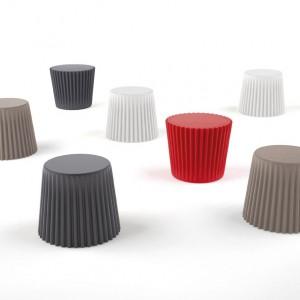 Siedziska i stoliki w jednym Muffin. Fot. Bonaldo, www.bonaldo.it