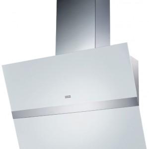 Swing - ścienny 90 cm, stal szlachetna/białe szkło, sterowanie Ghost Control z wyświetlaczem cyfrowym, oświetlenie halogenowe: 2x20 W   10 W paski LED, płynnie regulowane przyciemniane oświetlenie, ciche otwieranie i zamykanie okapu. Cena: ok. 6.899 zł, Franke.