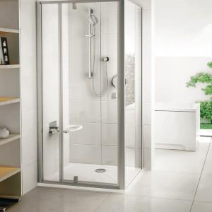 Kabina z obrotowym mechanizmem otwierania drzwi - połączenie drzwi prysznicowych ze stałą ścianką. Materiał: szkło hartowane (6 mm), powłoka AntiCalc. Wym.: szer. od 80 do 120 cm, wys. 190 cm. Cena: od ok. 2.290 zł, Ravak/Pivot PDOP1 (PDOP2)   PPS.