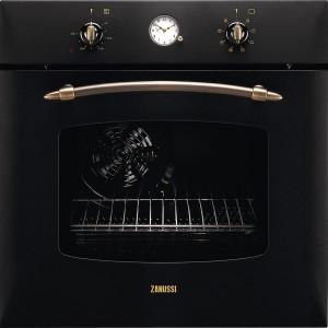 ZOB282NC – wielofunkcyjny; czarny (do kompletu mozna dokupic płyte gazowa); 9 funkcji grzania; timer z wyłaczeniem; poj. 60 l; cena: ok. 1.100 zł, Zanussi.
