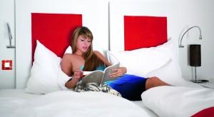 Ściemniacze to świetna alternatywa dla klasycznych włączników - sprawdzą się zwłaszcza w sypialni!