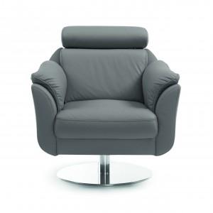 Fotel Amethyst dzięki licznym nowoczesnym rozwiązaniom zapewnia duży komfort wypoczynku.  Regulowany zagłówek, ergonomicznie wyprofilowane oparcie, a także miękkie podłokietniki gwarantują wygodę na wysokim poziomie, 86/118/101. Od ok. 1.502 zł, Bydgoskie Meble.