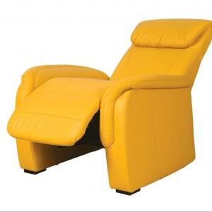 Home Cinema to fotel zaprojektowany z myślą o komforcie. Siedzisko z funkcją relaksu i regulowanym zagłówkiem umożliwiają ustawienie ich w dowolnej pozycji, wym. 104/95/91. Od ok. 1.273 zł, Etap Sofa.