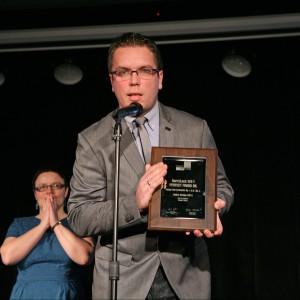 W podkategorii Lakiery i Oleje do Podłóg nagrodę zdobył Hartzlack WX-1 Perfect Finish Oil Venga Hertzchemie. Nagrodę odebrał Michał Zawadzki, kierownik ds. marketingu i sprzedaży w firmie Venga Hartzchemie.