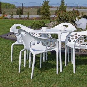 Krzesła ogrodowe Vigo o ekstrawaganckim i gustownym designie. Wygodne, łatwe w utrzymaniu czystości. Producent Doram Design.