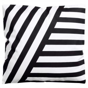 Pokrowiec na poduszkę w czarno - białe pasy. Fot. H&M Home.