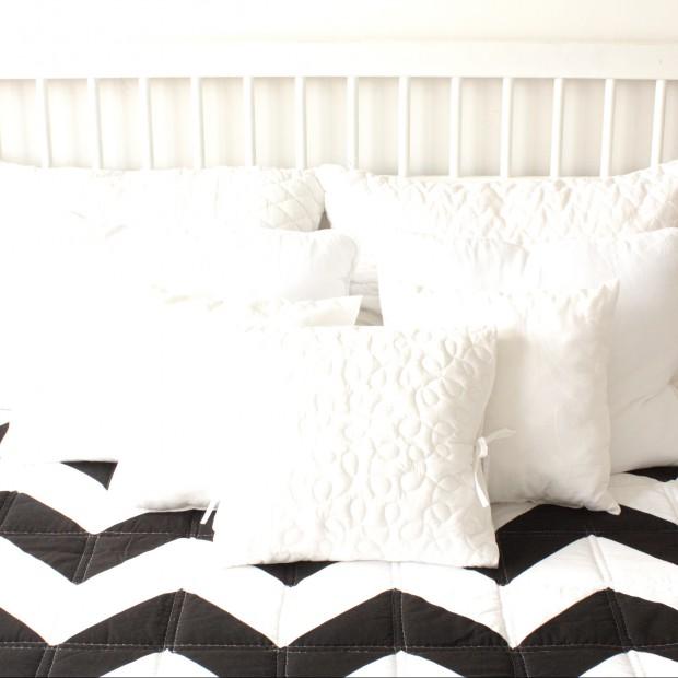 Czarno- białe tkaniny