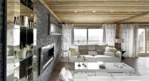 Za oknem śnieg i rekordowy w tym roku mróz. Wszystkim zmarźlakomproponujemy galerię zdjęć z ciepłej enklawy w samy sercu francuskich Alp - Chalet Eden w Courchevel. Narty, ciepła herbata przy kominku i stylowe alpejskie wnętrz