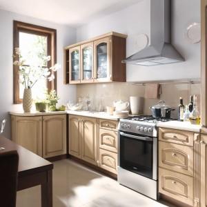 Rodzinna, klasyczna kuchnia z kolekcji Family Line. Fronty wykonane są z płyty MDF. Kolor: brzoza syberyjski patynowana. Wycena indywidualna, Black Red White.