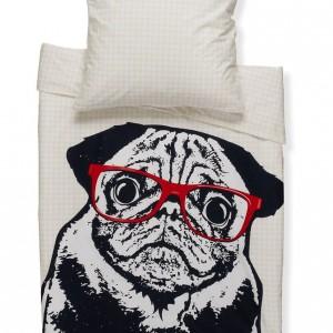 Poważny mops w czerwonych okularach to mocny, graficzny akcent dedykowany wielbicielom psów. Fot. Sueños / Zalando.