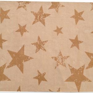 Model Vintage Star Mustard. Powierzchnia dywanu przypominająca w dotyku welur sprawia, że z chęcią bawią się na nim już kilkumiesięczne dzieci. Fot. mini Avanti.