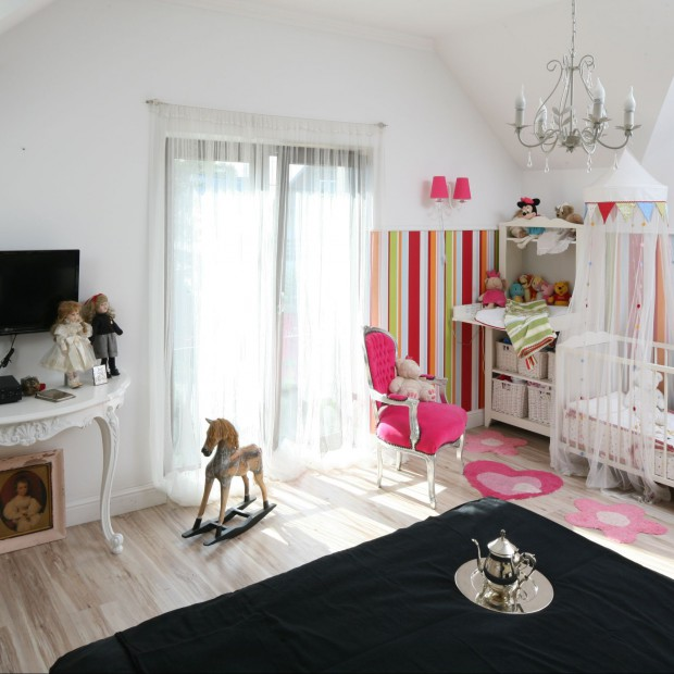 Kącik dla dziecka w sypialni rodziców