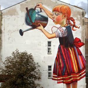 Dziewczynka z konewką na Instytucie Chemii UwB, Białystok. Autor: Natalia Rak, absolwentka ASP w Łodzi. Fot. Streetartutopia