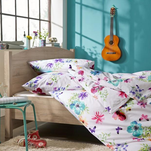Wiosenne tkaniny w sypialni
