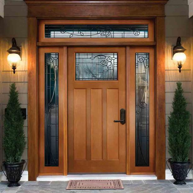 Drzwi zewnętrzne drewniane. 10 najciekawszych z świetlikami bocznymi