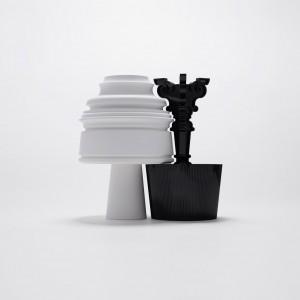 Neno zaproponował białą lampę o nowoczesnych kształtach. Proj. Nendo Fot. Kartell.