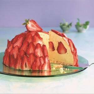 Forma na ciasto lub zimny deser La Bomba w kształcie półkuli z serii FlexiForm. Wykonana jest z platynowego silikonu średniej grubości. Przystosowana do mycia w zmywarce i używania w mikrofalówce. Odporna na temperaturę od -60°C do +260°C. 62,93 zł, Lurch/Fide.
