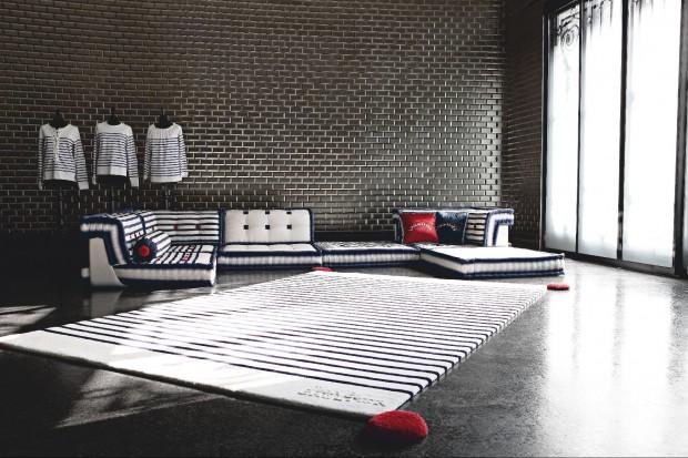Światowa moda i design mają od dłuższego czasu coraz więcej wspólnego. Jednym z wielkich projektantów mody, którzy postanowili zająć się także pomysłami na wyposażenie wnętrz, jest Jean Paul Gaultier.