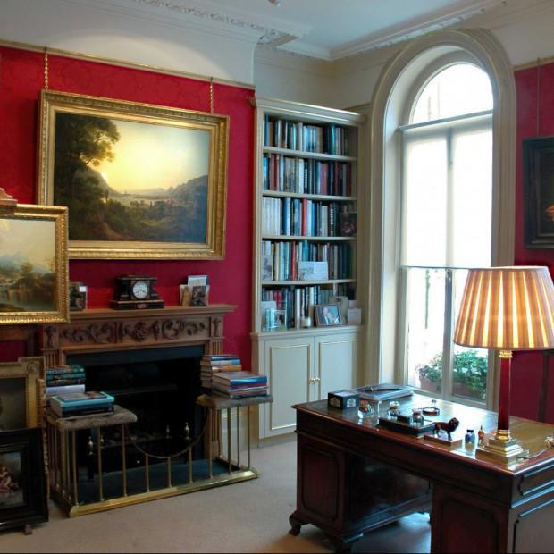 Jak wyeksponować dzieła sztuki i zdjęcia? Domowa galeria