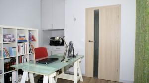 P1120255.jpgaApartament o pow. 80 m2 w nowoczesnym apartamentowcu w centrum Łodzi. Mieszkanie zostało urządzone zgodnie z aktualnymi trendami. Baza to delikatne szarości oraz biele, dodatki to morskie elementy i kryształki.