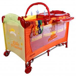 Łóżeczko turystyczne Arti Deluxe Home Princess Rainbow z funkcją kołyski oraz przewijaka dla niemowląt. Cena: 269 zł, sprzedaż: Arti.