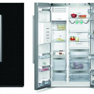 Chłodziarko-zamrażarka KA62DS51 – glassDoor. Posiada funkcję No Frost, elektroniczną regulację temperatury, tryb Eco, wakacyjny, wyświetlacz LCD, kostkarkę (kostki lodu i lód kruszony). Kolor drzwi: czarny za szkłem. Pojemność 528 l. Efektywność energetyczna A+. 10.339 zł, Siemens.
