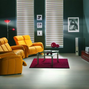 Żółte sofy i fotele z kolekcji Home Cinema. Fot. Etap Sofa/Bydgoskie Meble.