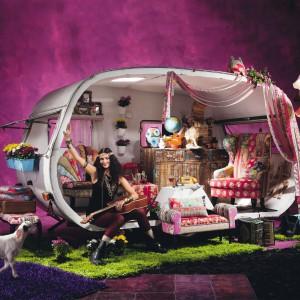 Kolorowe meble z kolekcji Patchwork. Fot. Kare Design/Galeria Antresola.