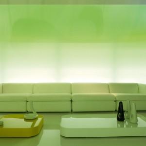 Intensywnie zielona sofa modułowa Open. Fot. SpHaus.